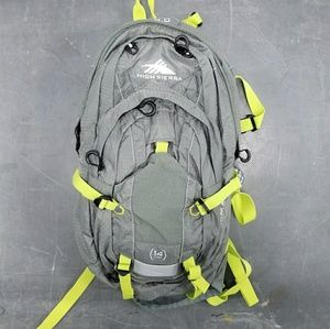 NWOT High Sierra Gray 14L Gamma Hydration Pack